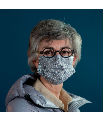 Masque Fantask en tissus lavable made in france - Coloris Perce neige portée